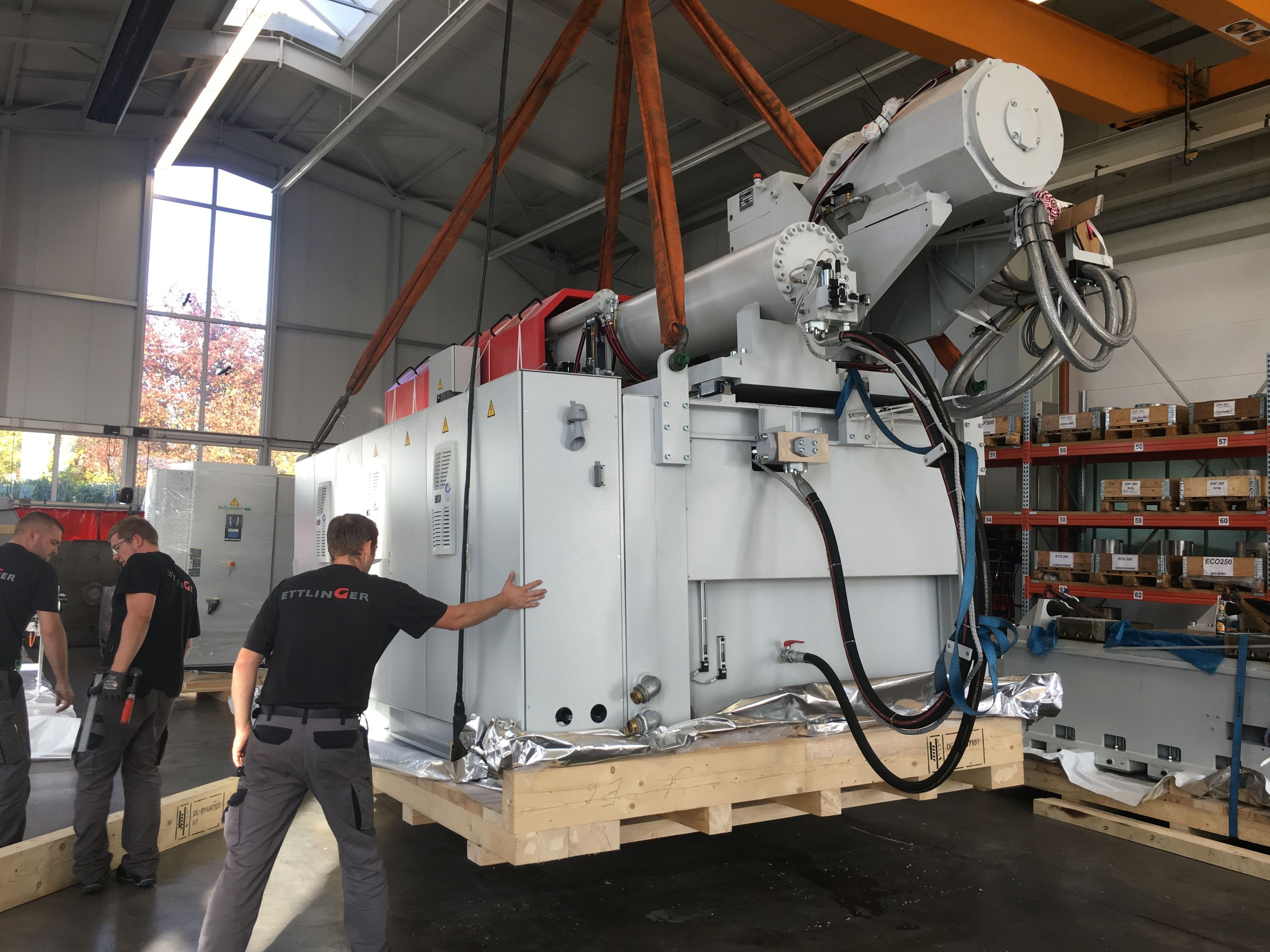 Injection Molding News - srm 2500 on the road!